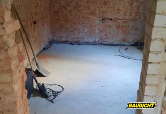 BAUDICHT EPDM Bauwerksabdichtung bei der Altbausanierung Kellerdurchgang ohne EPDM
