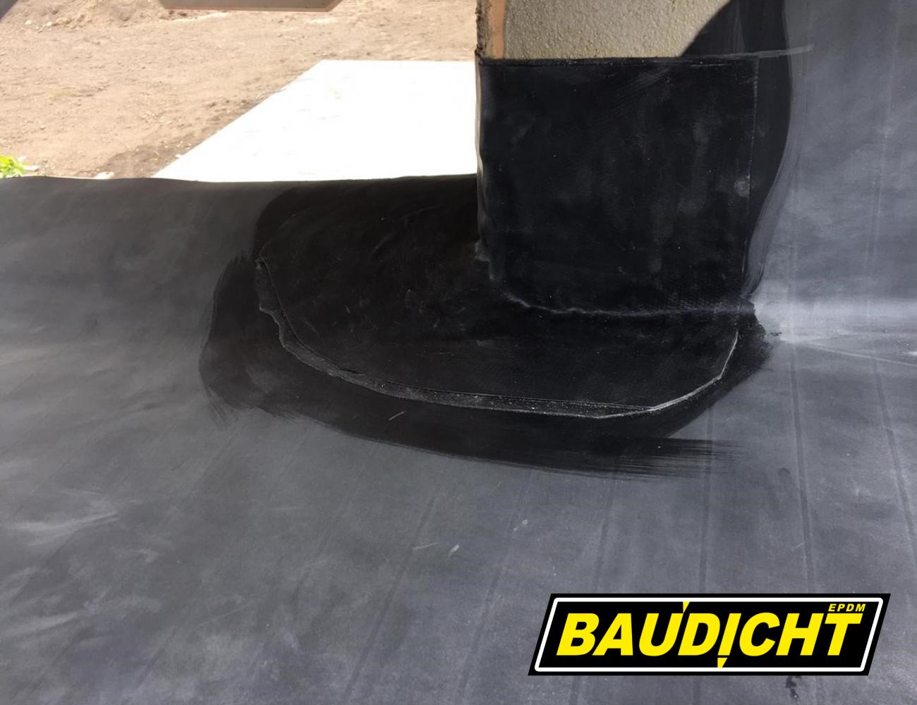 BAUDICHT EPDM Terrassenabdichtung von Außenecken mit Formband